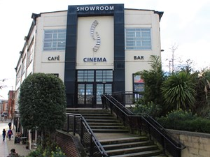Showroom Cinema - exterior